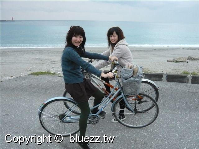 被浪打到民宿一起來海濱公園騎腳踏車