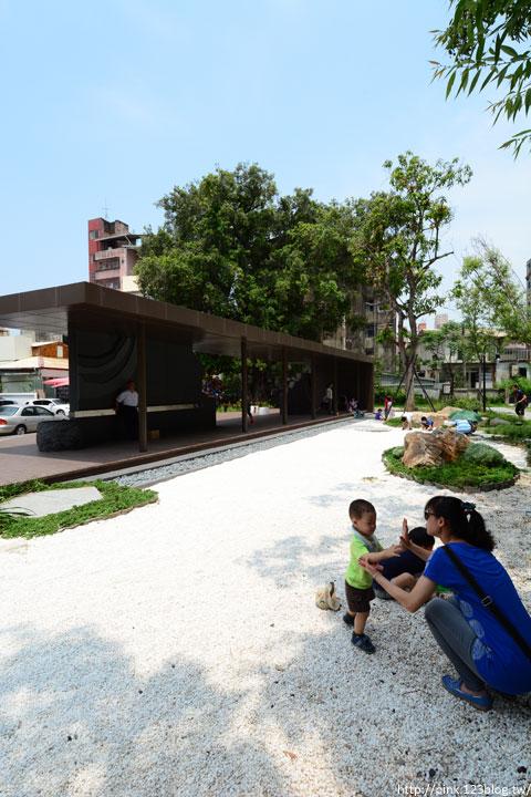 【台中新景點】台中文學館&台中文學公園。鬧區中的一抹幽靜(近第五市場)-DSC_0710.jpg