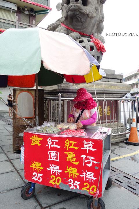 【屏東車城】福安宮、廟前草仔粿、黃家綠豆蒜,在地行程就要醬吃醬玩!-DSC01878.jpg