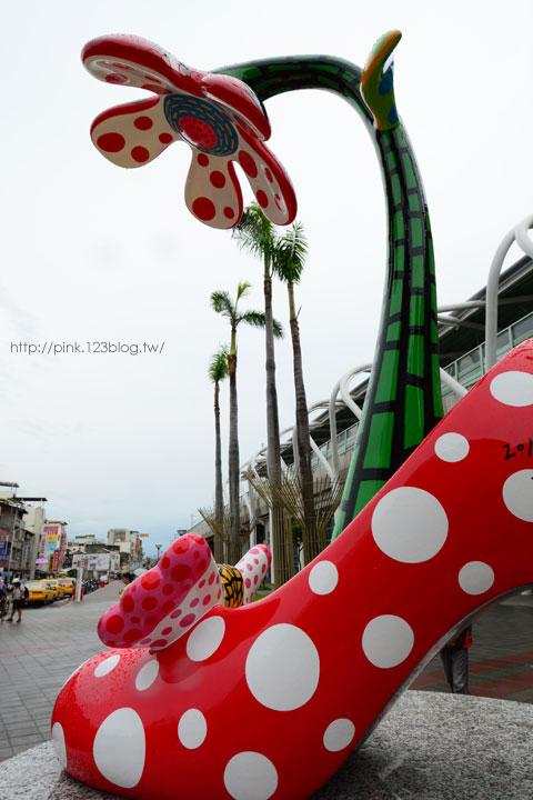 驚見草間彌生高跟鞋,就在彰化新員林火車站!-DSC_5254.jpg