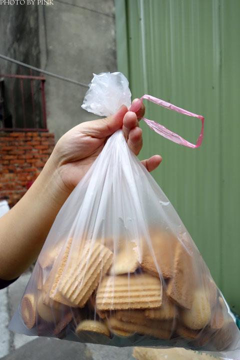 【嘉義朴子】成功食品廠。兒時回憶的古早味手工餅乾!-DSC06484.jpg
