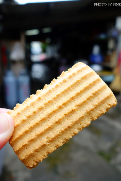【嘉義朴子】成功食品廠。兒時回憶的古早味手工餅乾!-DSC06496.jpg