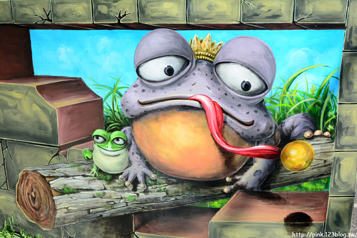 【台中石岡】九房里3D立體彩繪童話村。傑克與魔豆、青蛙王子、巫婆的糖果屋等童話故事躍上牆面,吸睛度百分百!-DSC_1518.jpg