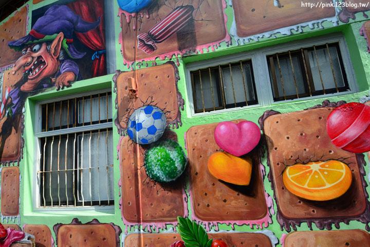 【台中石岡】九房里3D立體彩繪童話村。傑克與魔豆、青蛙王子、巫婆的糖果屋等童話故事躍上牆面,吸睛度百分百!-DSC_1540.jpg