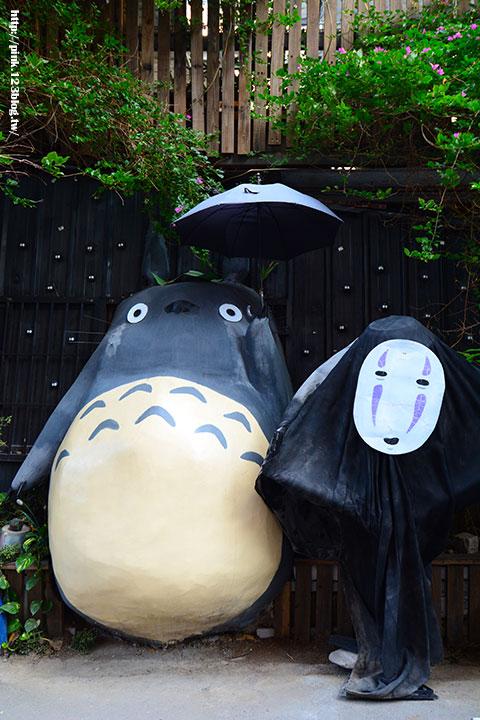 【台中大里】龍貓公車站&小樽福郎。沒想到大里也走日式風,實在好吃又好玩!-DSC_3674.jpg