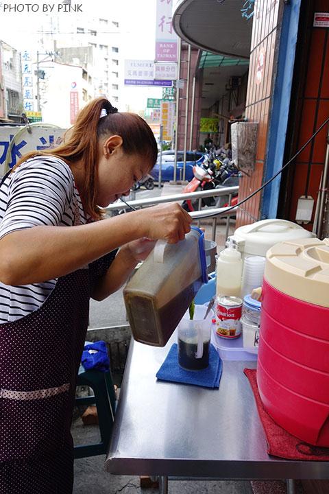【彰化員林美食】香蕉煎餅.泰式奶茶。濃濃的異國風味小吃,沙哇滴卡~-DSC01177.jpg