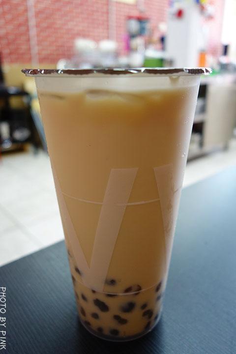 【台中清水飲料店】華得來(WAL)飲料專賣店。必點芒果綠茶,喝的到整顆芒果果肉,新鮮看的見!-DSC01349.jpg