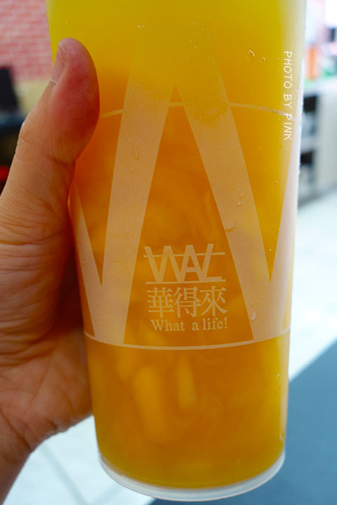 【台中清水飲料店】華得來(WAL)飲料專賣店。必點芒果綠茶,喝的到整顆芒果果肉,新鮮看的見!-DSC01386.jpg