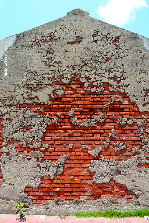 【彰化線西景點】蛤蜊兵營。廢棄兵營懷舊風,網美外拍熱點!-DSC_2094.jpg