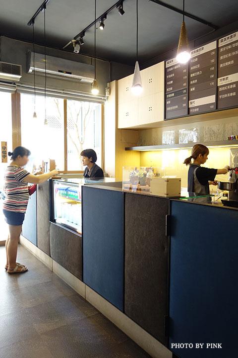 【台中冰淇淋】路地手作冰菓子/冰淇淋。隱身巷弄的日式質感冰店,可愛鯛魚燒Q融你心!-DSC02760.jpg