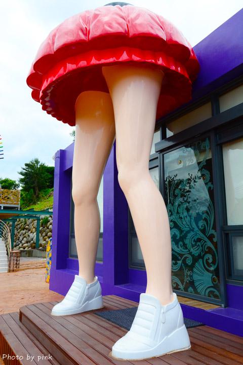 【台中景觀餐廳】彩虹山舍。短裙美腿造景+繽紛彩虹筆超吸睛!(景點/美食/民宿)-DSC_6121.jpg