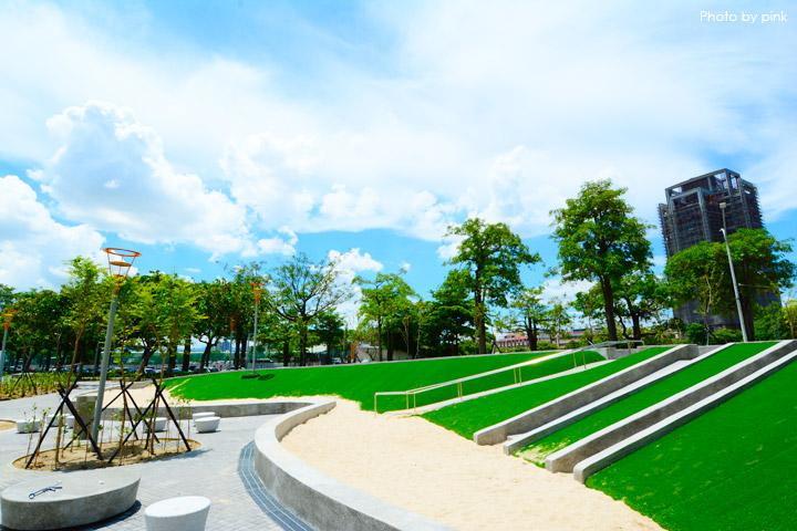 【台中親子公園】豐樂雕塑公園。全新改版親子遊戲區,白砂、溜滑梯、盪鞦韆等,超好玩!-DSC_6240.jpg