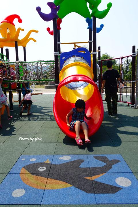 【草屯景點】草屯兒童樂園。摩天輪、彩色球池、馬車等好玩設施讓小朋友玩翻天!-DSC00443.jpg