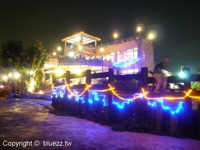 星月天空景觀餐廳星月的天空下燈火絢麗