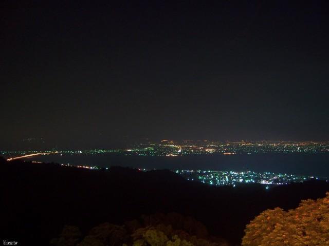 松柏嶺受天宮-步道、夜景