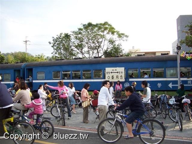 東豐自行車綠廊0蛋月台