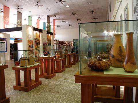 鹿谷鄉遊客中心