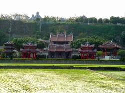 芬園寶藏寺