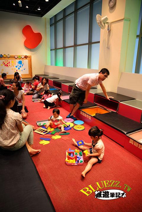 國美館-兒童遊戲室與繪本區-17.jpg