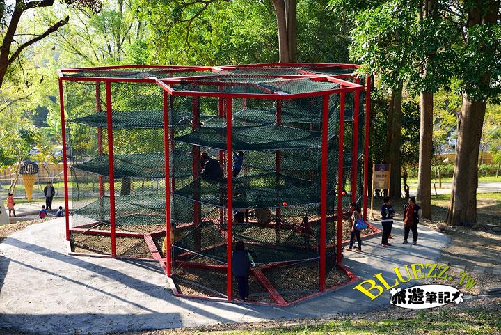 百果山克林姆莊園 07-1-蜂巢攀爬