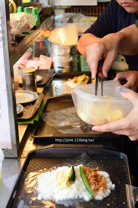 【台中第五市場】太空紅茶冰、阿義紅茶、海苔飯捲、樂群冷凍芋。美味小吃看這裡!-DSC_0847.jpg