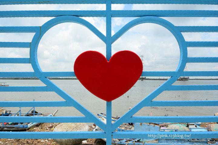 台中龍井「麗水漁港」藍白希臘風情觀景台,超浪漫!-DSC_1350.jpg