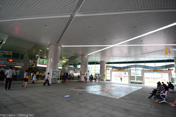 驚見草間彌生高跟鞋,就在彰化新員林火車站!-DSC_5278.jpg