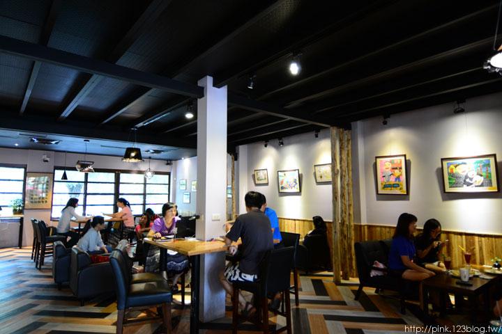 【南投市餐廳】維客多咖啡館。咖啡、烘焙、簡餐,午後的悠閒時光!-DSC_5471.jpg