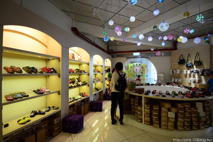 【台中景點】鞋寶觀光工廠.跟著鞋子去旅行!-DSC_6053.jpg