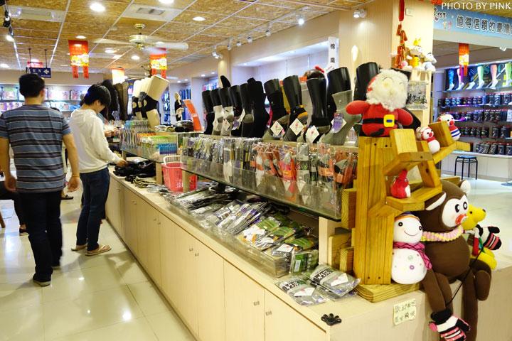 【田中景點】襪仔王觀光工廠。襪子也能做成可愛娃娃,卡哇依!-DSC07950.jpg
