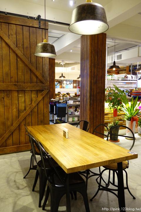 【南投中興美食】A+倉庫複合式餐廳。以輕工業風格為主題,美食餐點也很不賴!-DSC06695.jpg