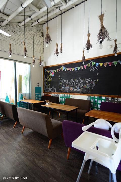 【台中寵物餐廳】R星咖啡。可愛貓星人坐伴、輕食野餐盒嚐鮮,超有趣的一間R星球餐廳!-DSC_0450.jpg