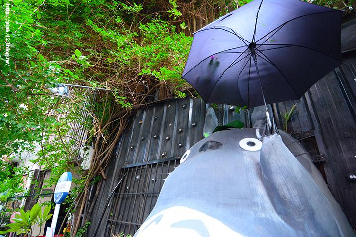 【台中大里】龍貓公車站&小樽福郎。沒想到大里也走日式風,實在好吃又好玩!-DSC_3705.jpg
