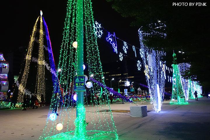 【台中耶誕YA】台中市政府耶誕嘉年華活動,多項遊樂設施讓你玩的過癮!-DSC01575.jpg