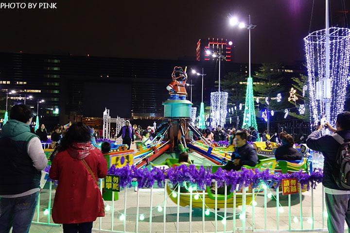 【台中耶誕YA】台中市政府耶誕嘉年華活動,多項遊樂設施讓你玩的過癮!-DSC01588.jpg
