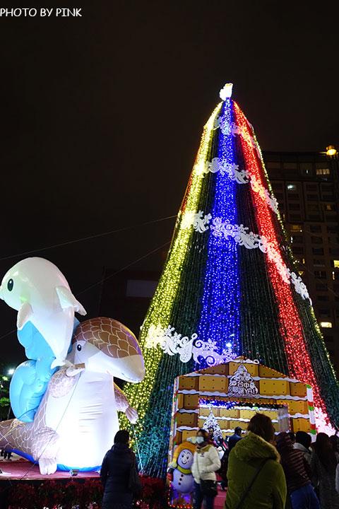 【台中耶誕YA】台中市政府耶誕嘉年華活動,多項遊樂設施讓你玩的過癮!-DSC01594.jpg