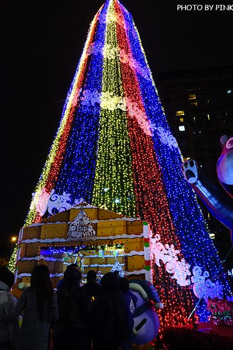 【台中耶誕YA】台中市政府耶誕嘉年華活動,多項遊樂設施讓你玩的過癮!-DSC01598.jpg