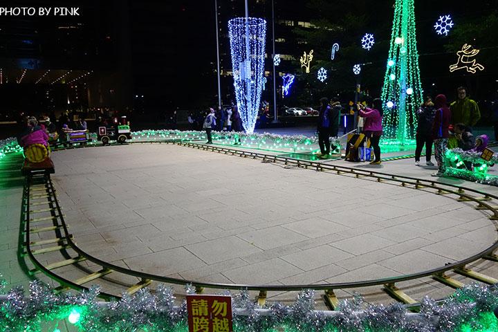 【台中耶誕YA】台中市政府耶誕嘉年華活動,多項遊樂設施讓你玩的過癮!-DSC01617.jpg