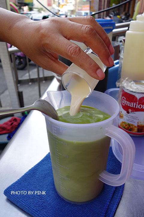【彰化員林美食】香蕉煎餅.泰式奶茶。濃濃的異國風味小吃,沙哇滴卡~-DSC01140.jpg