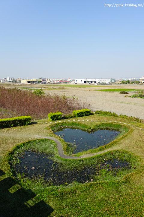 【彰化大村】地中海風格之雙心步道。遊走步道甜蜜滿分!(雙心池塘旁)-DSC04353.jpg