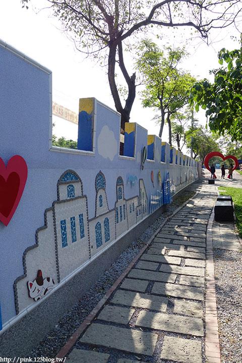 【彰化大村】地中海風格之雙心步道。遊走步道甜蜜滿分!(雙心池塘旁)-DSC04365.jpg