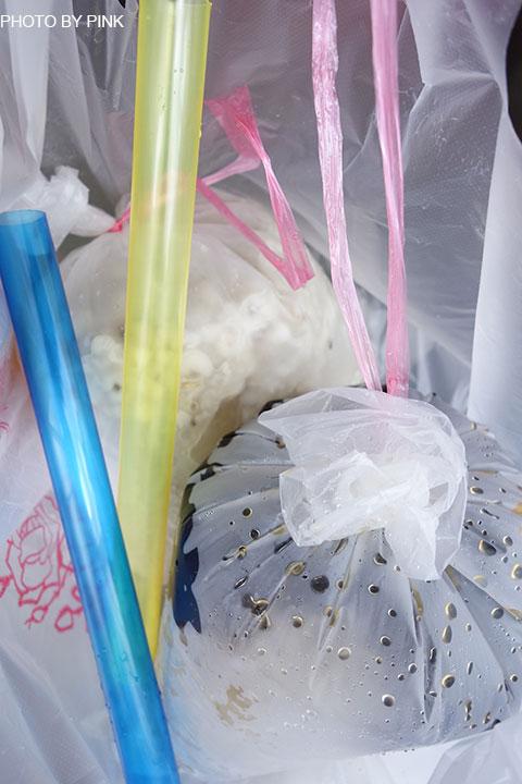 【台中北屯甜品】阿坤黑粉圓。充滿童年回憶的袋裝黑粉圓,不僅復古更是消暑!-DSC00415.jpg