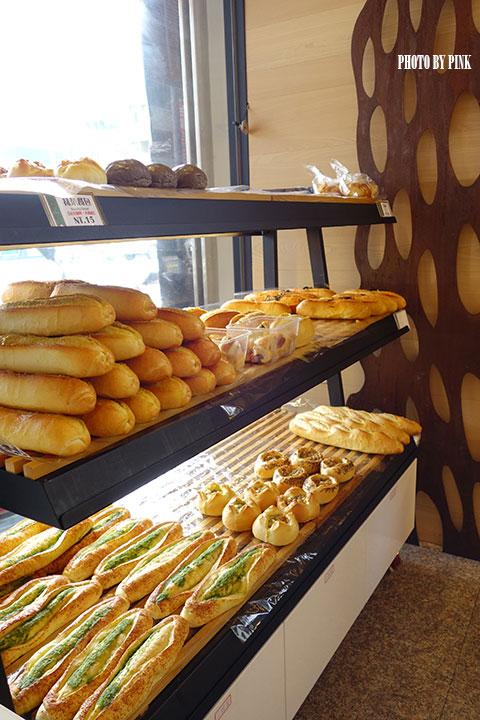 【南投市麵包店】葡萄樹麵包坊。豐富多樣化的台、歐式麵包,挑剔你熱愛米胖的味蕾!-DSC01529.jpg