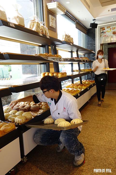 【南投市麵包店】葡萄樹麵包坊。豐富多樣化的台、歐式麵包,挑剔你熱愛米胖的味蕾!-DSC01538.jpg