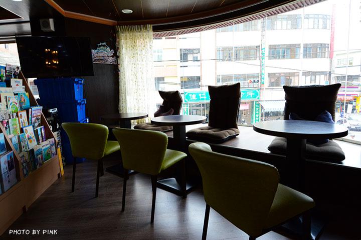 【草屯咖啡廳】三省堂書店/咖啡館。在老書店內悠閒喝咖啡,享受當下的小確幸!-DSC_2860.jpg