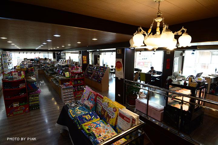 【草屯咖啡廳】三省堂書店/咖啡館。在老書店內悠閒喝咖啡,享受當下的小確幸!-DSC_2876.jpg