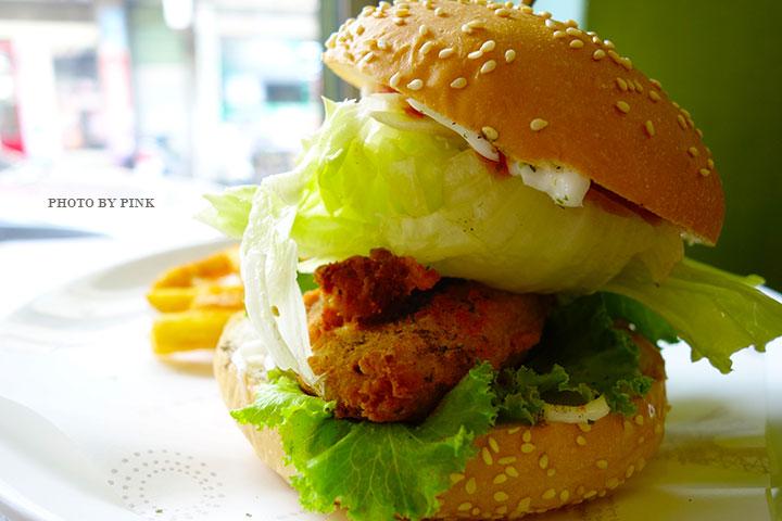 【員林蔬食餐廳】小蔬苑蔬食創意料理。人氣美式素漢堡,大份量超滿足!-DSC03017.jpg