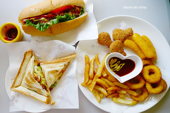 【員林蔬食餐廳】小蔬苑蔬食創意料理。人氣美式素漢堡,大份量超滿足!-DSC03112.jpg