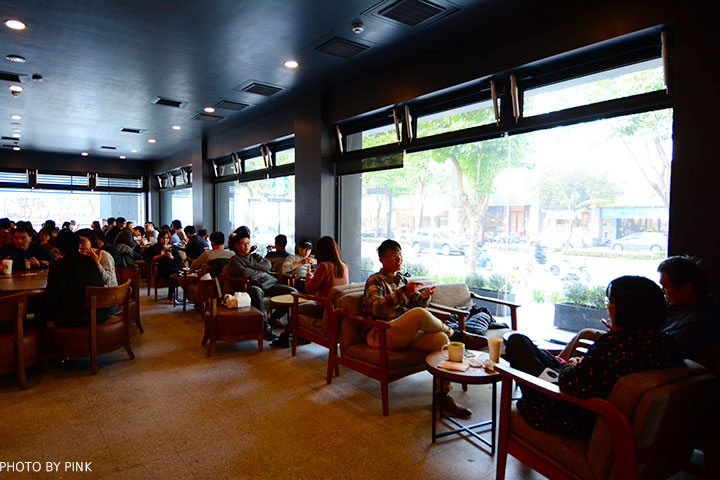 【台中南屯區】星巴克大英門市。台中首家摩登典藏吧台,享受頂級咖啡服務!-DSC_6671.jpg