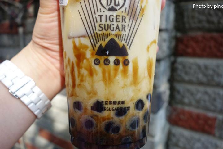 【一中街飲料推薦】TigerSugar老虎堂。每日必排一小時以上,就為了招牌黑糖波霸厚鮮奶!-DSC09829.jpg